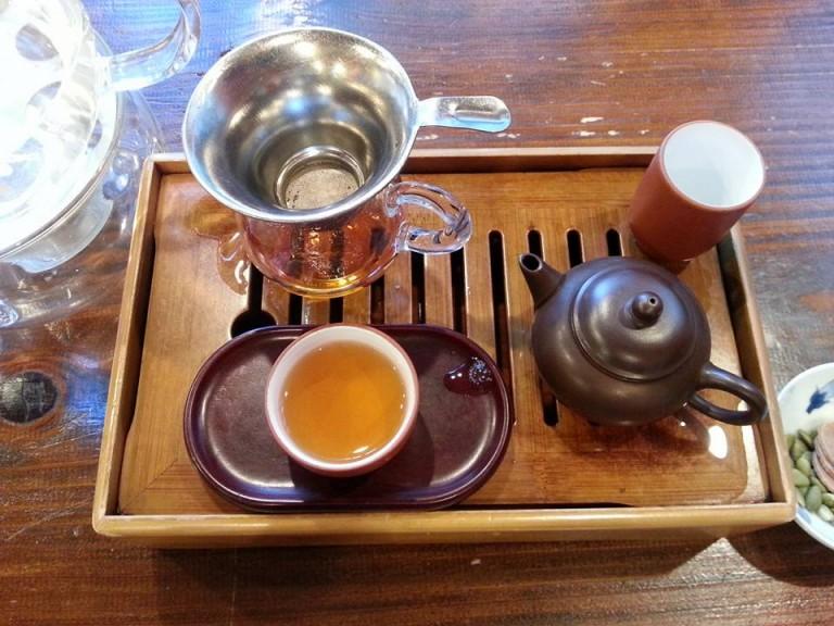 高級中国茶専門店 神戸岩茶荘で眼診してもらいました♪
